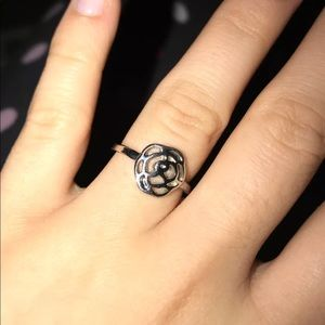 Pandora Look-Alike Flower Ring